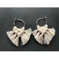 Bukuri earrings beige