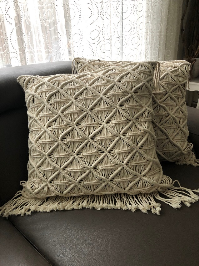 Macramé throw pillow